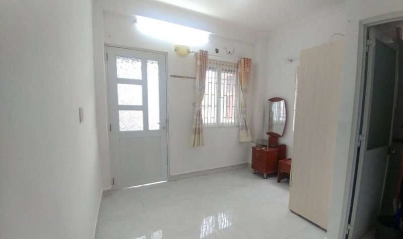House for rent address: 875/1 Tran Hung Dao, Ward 1, District 5